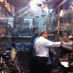 Diretores da ABRADJIN visitam um centro de antiguidades na Cidade Velha de Jerusalém.