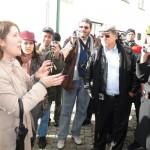 A Historiadora e arqueóloga de Trancoso, Dra. Carla Santos, realiza um city tour com o grupo da ABRADJIN ao centro histórico de Trancoso.
